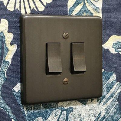 Grandura Old Bronze  Sockets & Switches